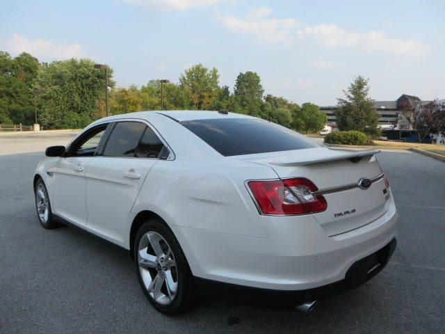 Excellent 2012 Ford Taurus SHO for sale $5500