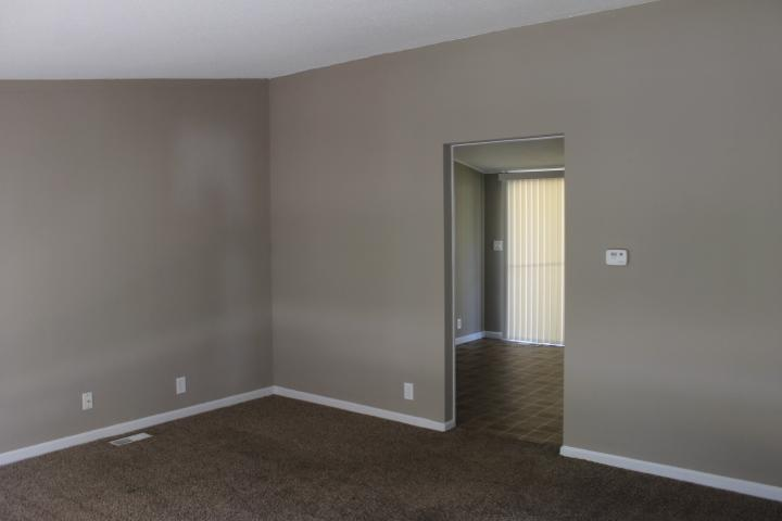 $945 Three bedroom Apartment for rent
