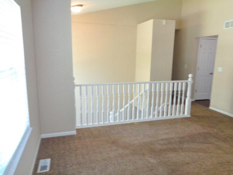 $2105 Four bedroom Apartment for rent
