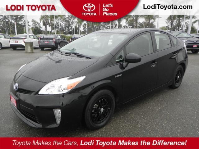 Toyota Prius FOUR 2013