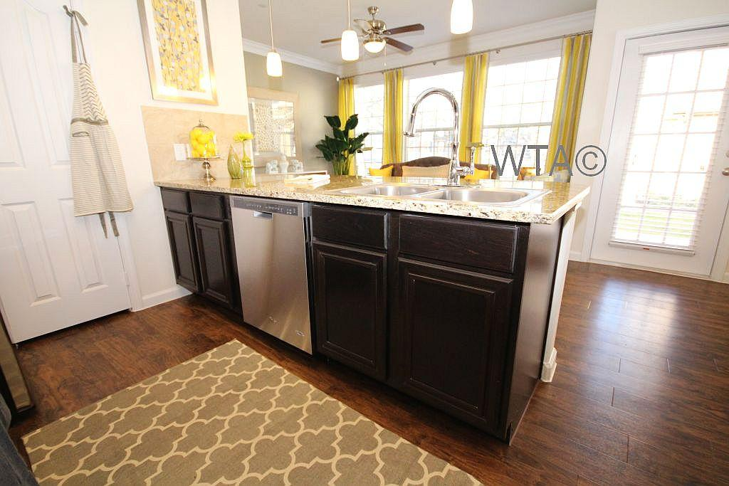 $2015 Two bedroom Townhouse for rent