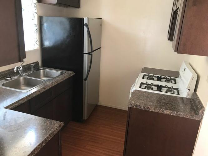 Executive * 2 beds 1 bath 972 sqft * Apartment ---  ( Glendale, CA)
