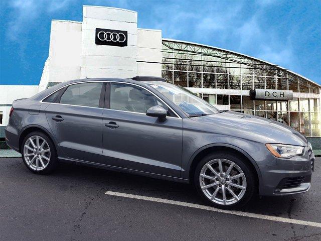 Audi A3 2.0T Premium Plus 2015