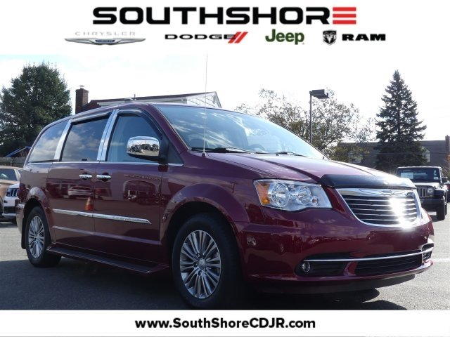 Chrysler Town & Country Touring-L 2014