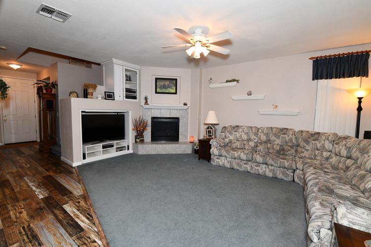 Seller very motivated. Reduced price 9574 E. Park Dr Elk Grove Ca 95624