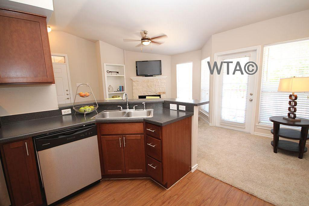 $1555 Two bedroom Apartment for rent