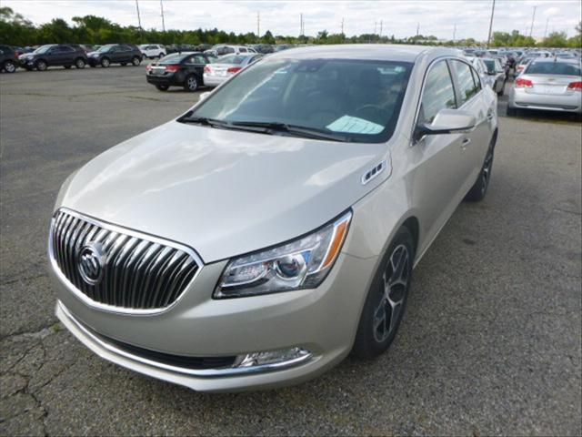 Buick LaCrosse Sport Touring 2016