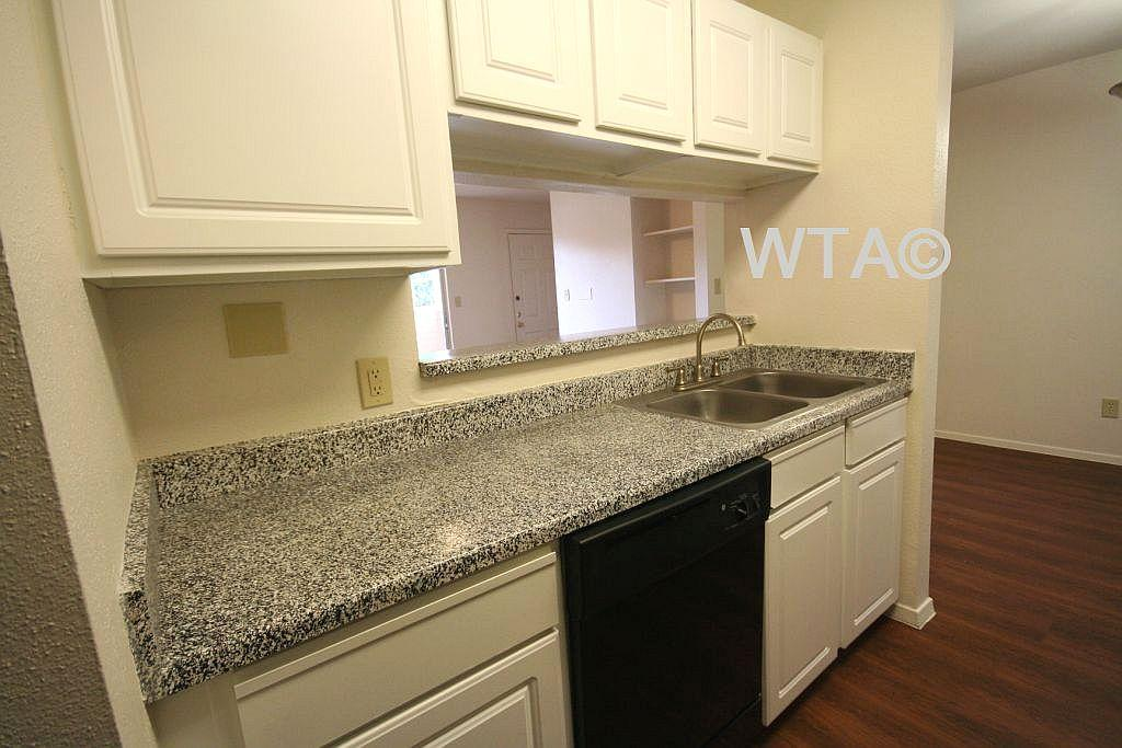 $1327 Two bedroom Apartment for rent