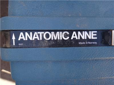 LAERDAL RECUSCI ANATOMICAL ANNE MEDICAL MANNEQUIN MANIKIN DOLL CPR TRAINER