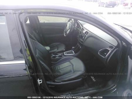**** 2013 Chrysler 200******