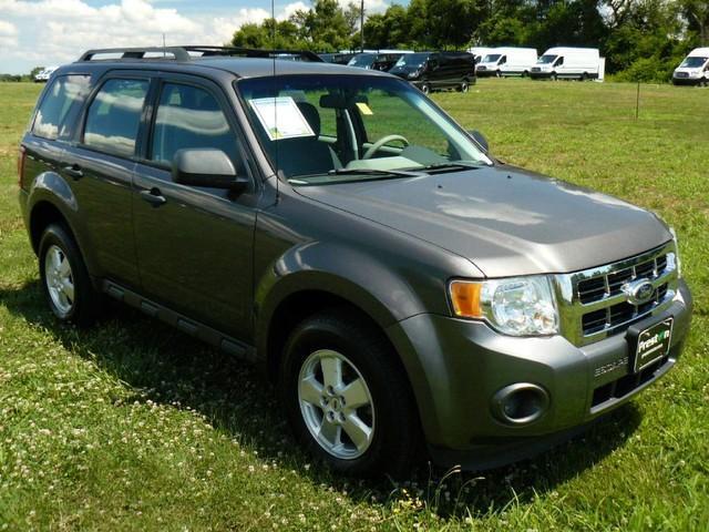 Ford Escape XLS 2012