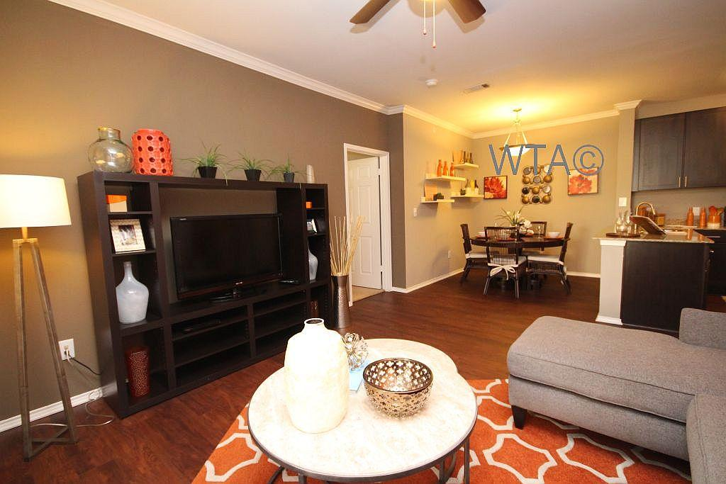 $1506 Three bedroom Apartment for rent