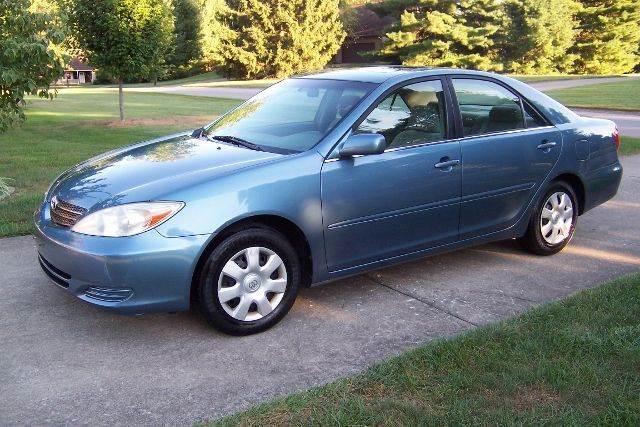 Blue 2003 Toyota Camry SE