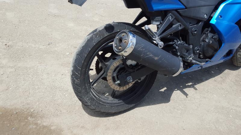 2010 KAWASAKI EX250-J MOTORCYCLE