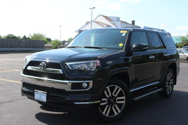 Toyota 4Runner Limited AWD w/ Navigation 2015
