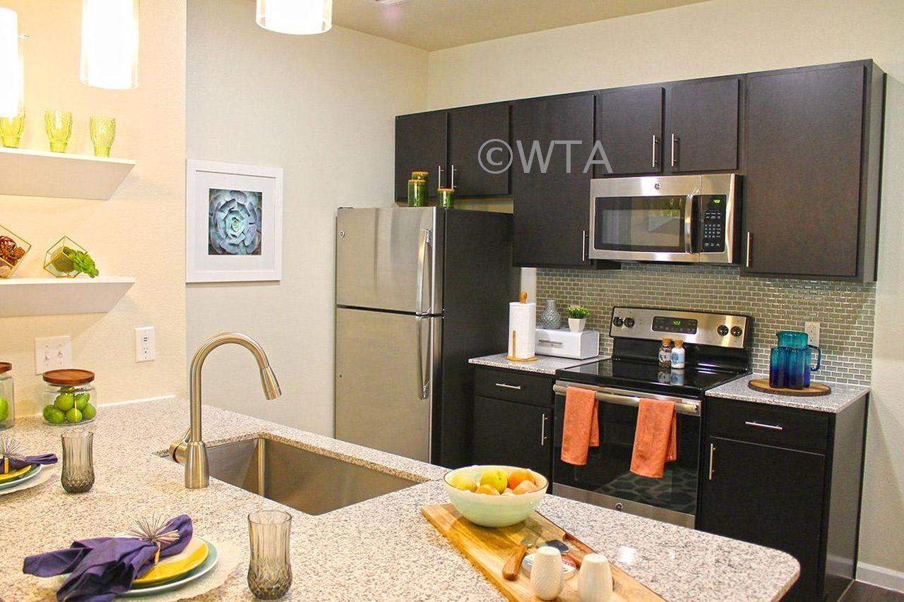 $2550 Three bedroom Apartment for rent