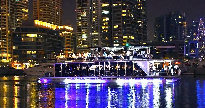 Glass Boat Buffet Dinner in Dubai