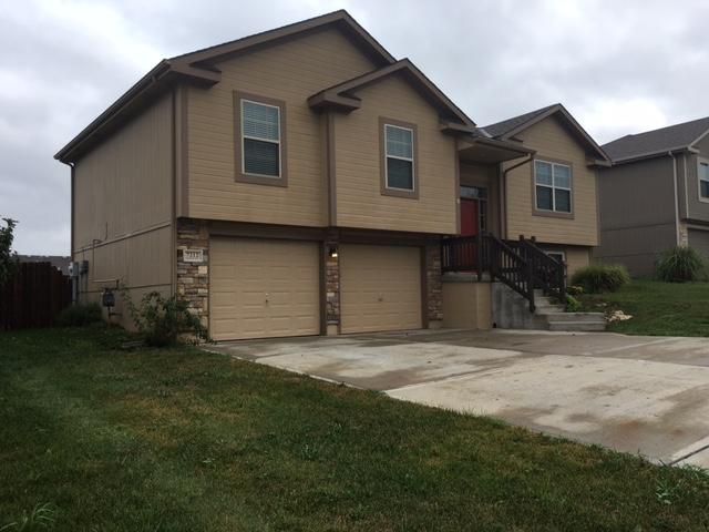 $1595 Five+ bedroom Apartment for rent