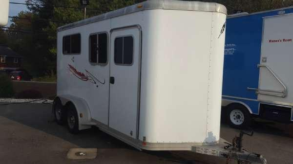 2004 Featherlite Trailers 9407
