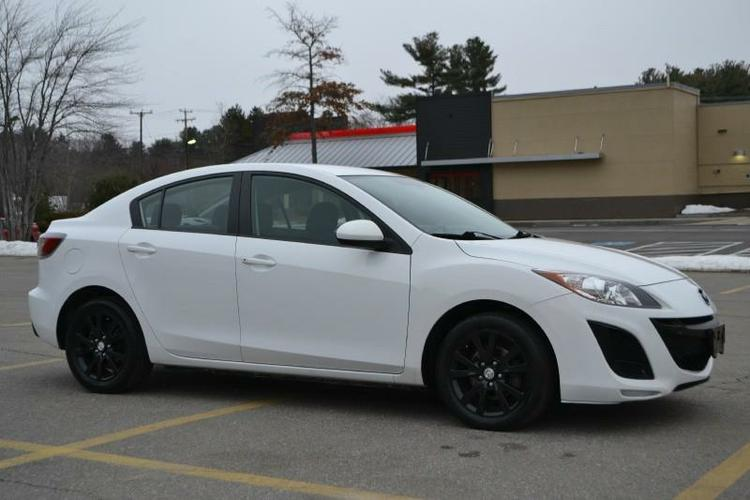 2010 Mazda MAZDA3 GT * SUNROOF * 6 SPEED *.