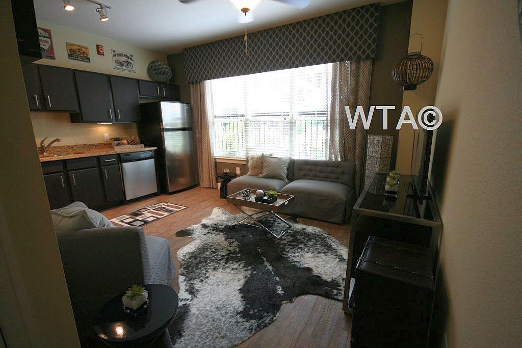 $1304 One bedroom Apartment for rent