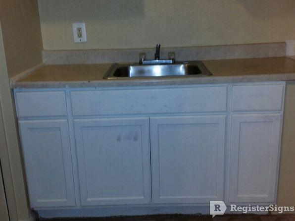 $550 Two bedroom Townhouse for rent