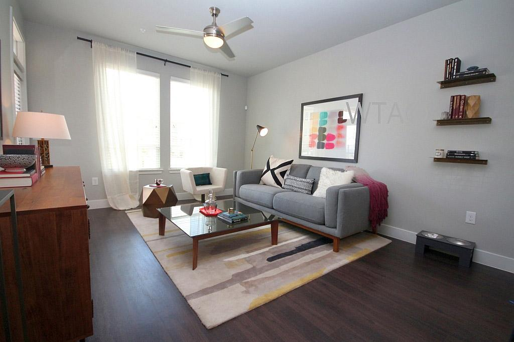 $2445 Three bedroom Apartment for rent
