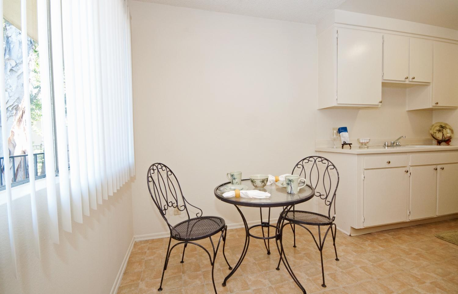 $2040 One bedroom Apartment for rent