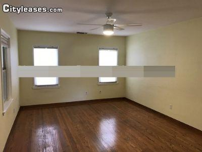 $2595 Three bedroom House for rent