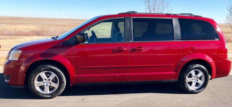 2009 Dodge Caravan / Clean Carfax / FWD