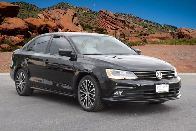 Volkswagen Jetta Sedan 1.8T Sport 2015