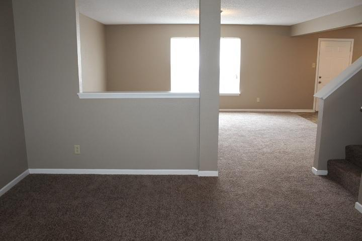 $1410 Three bedroom Apartment for rent