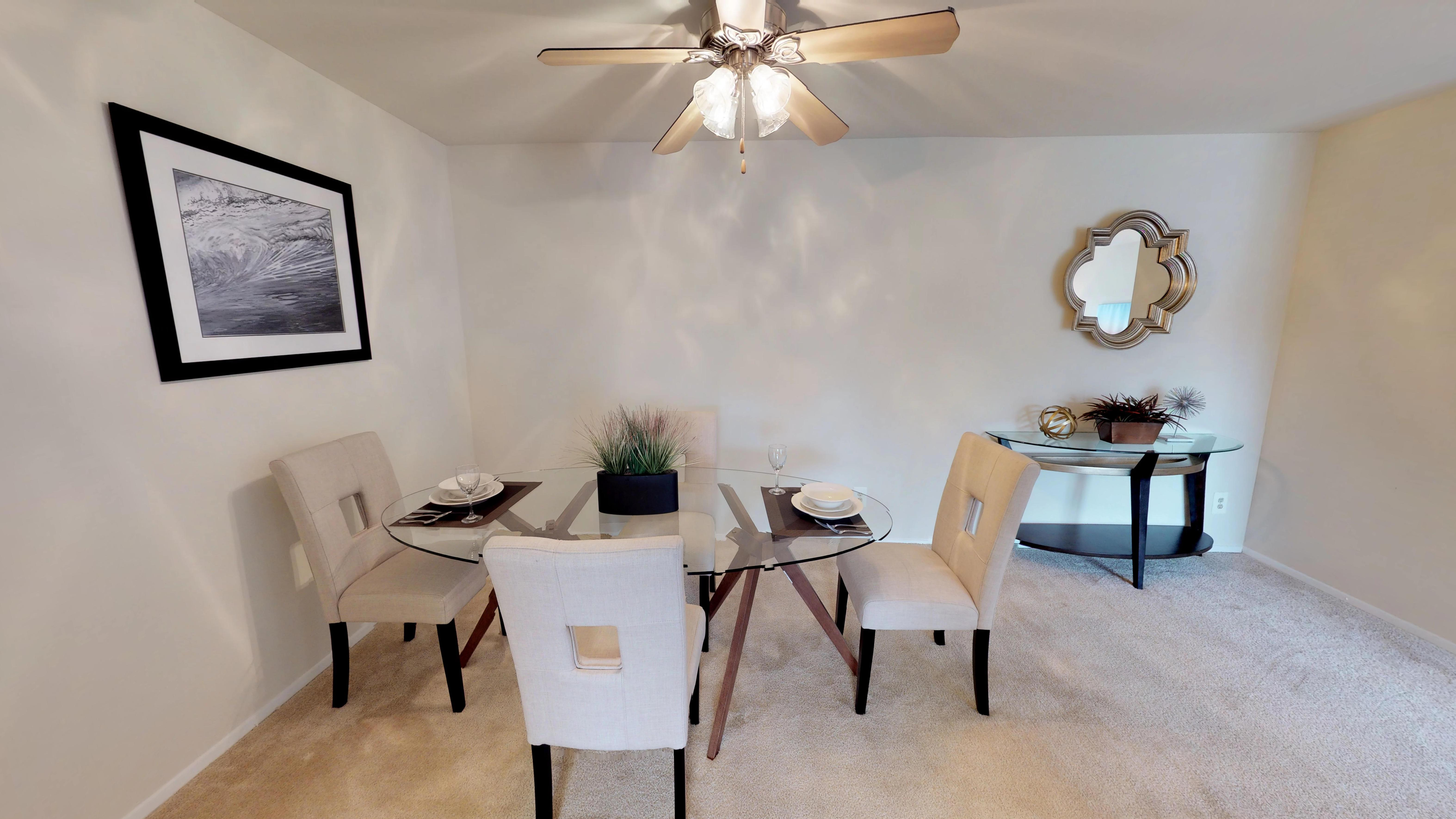 $1470 Three bedroom Apartment for rent