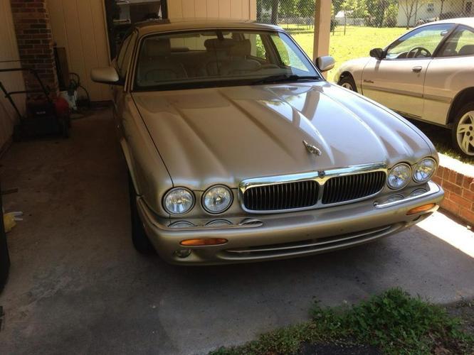2001 jaguar xj8 L 104 k miles