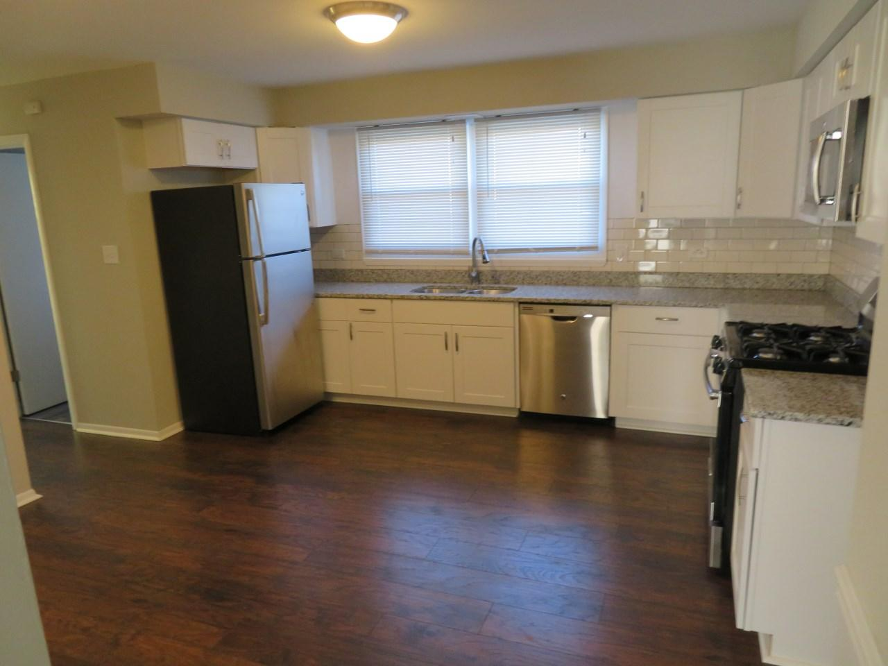 $1789 Three bedroom Apartment for rent