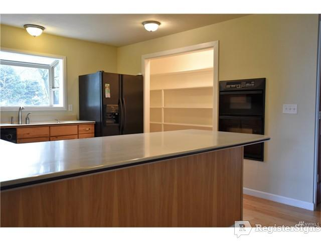 $9999 Four bedroom House for rent