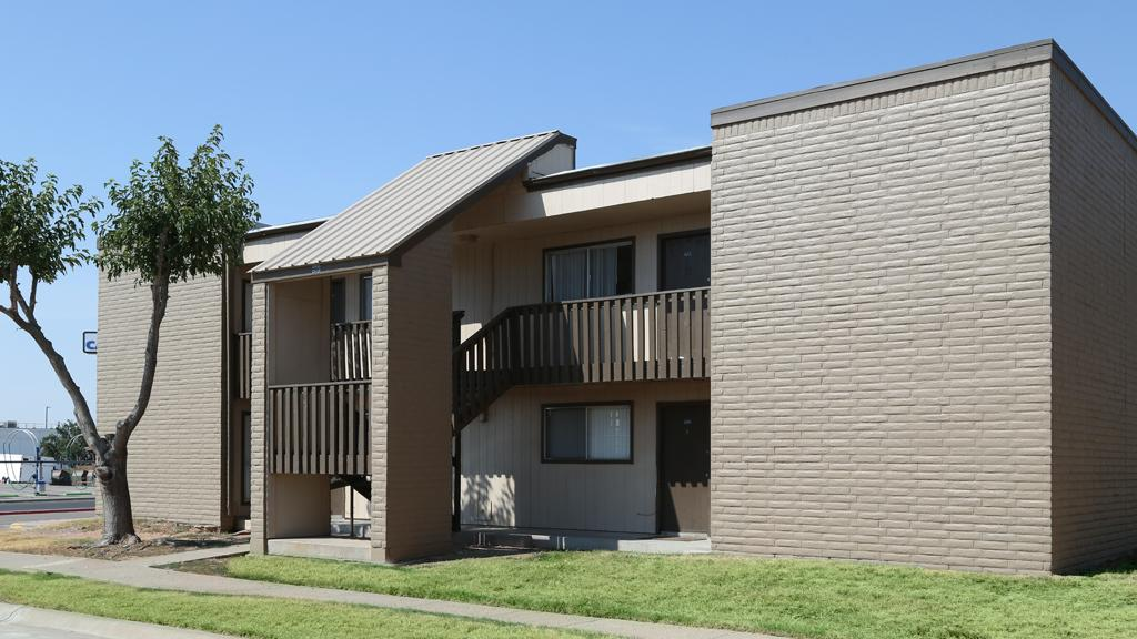 $2950 Three bedroom Apartment for rent