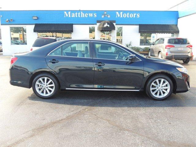 Toyota Camry XLE w/ Sunroof 2013