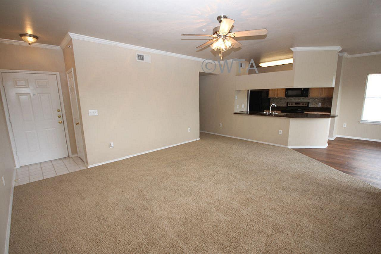 $1284 Two bedroom Townhouse for rent