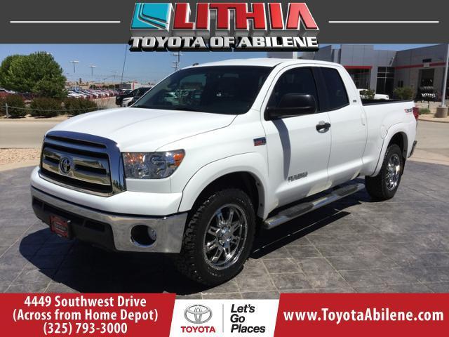 Toyota Tundra 4WD Truck GRADE 2013