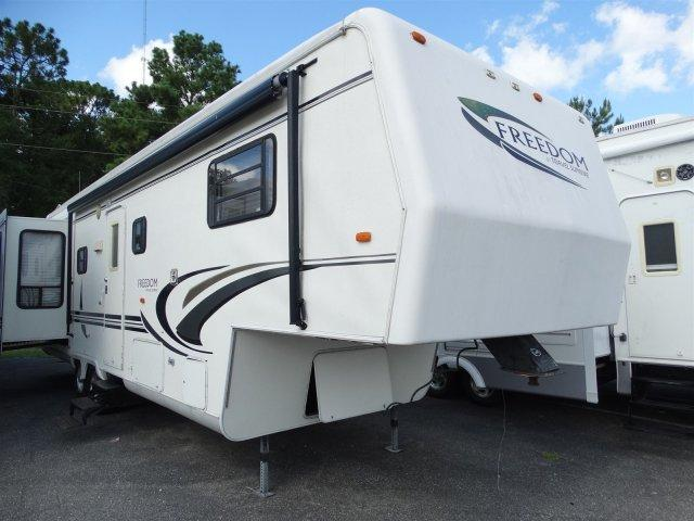 USED 2001 TRAVEL SUPREME 33RLTSO