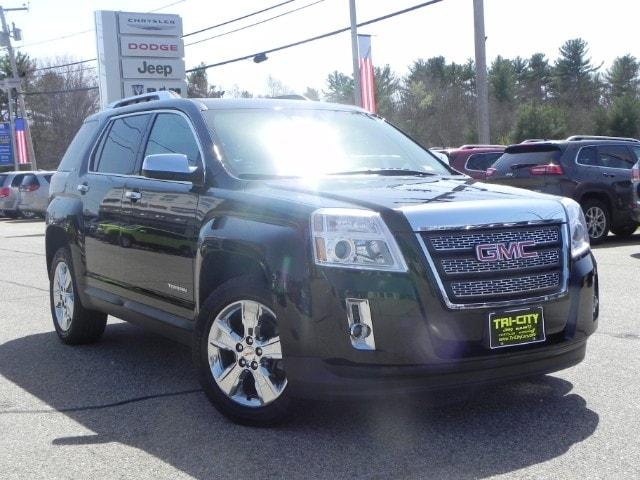 GMC Terrain SLT / SLT-2  AWD  3.6 V6 / Moon Roof / Navigation 2015
