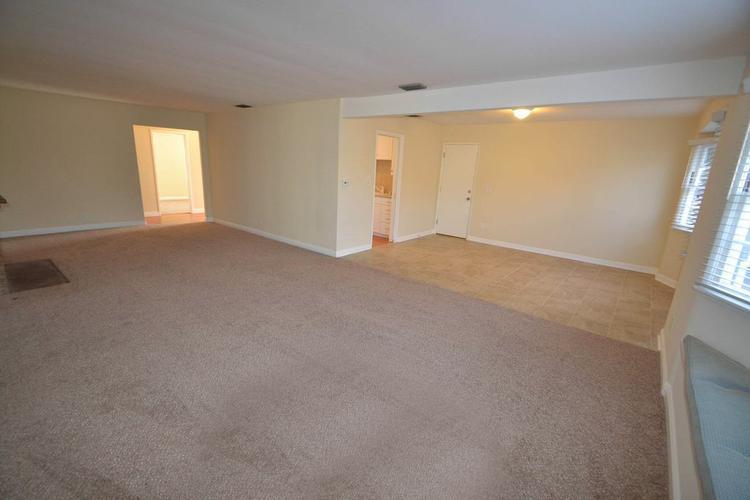 HOUSE FOR RENT 19851 Bassett St, Winnetka, CA 91306