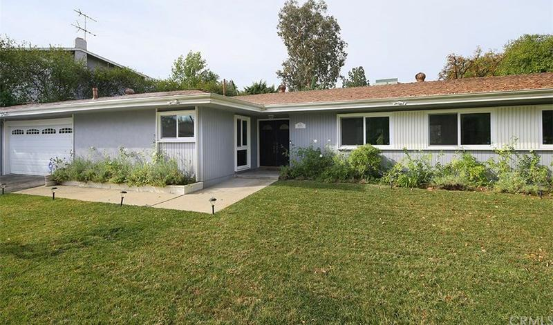 HOUSE FOR RENT 5551 Valerie Ave, Woodland Hills, CA 91367