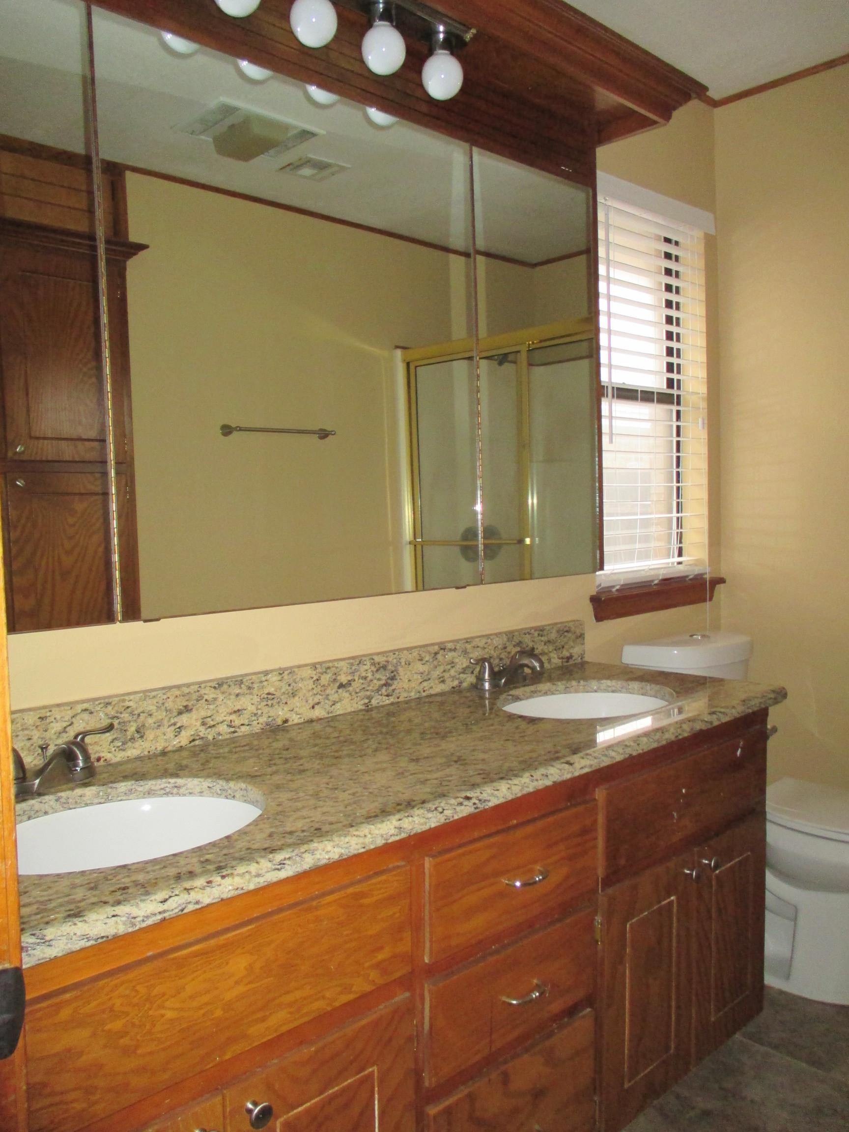 $1195 Four bedroom Apartment for rent