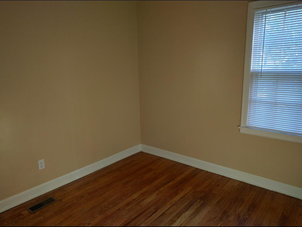 $2400 Three bedroom Apartment for rent