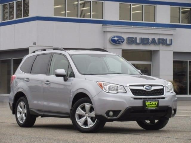 Subaru Forester 2.5 Limited AWD / AWP / Leather / M. Roof / Auto 2016