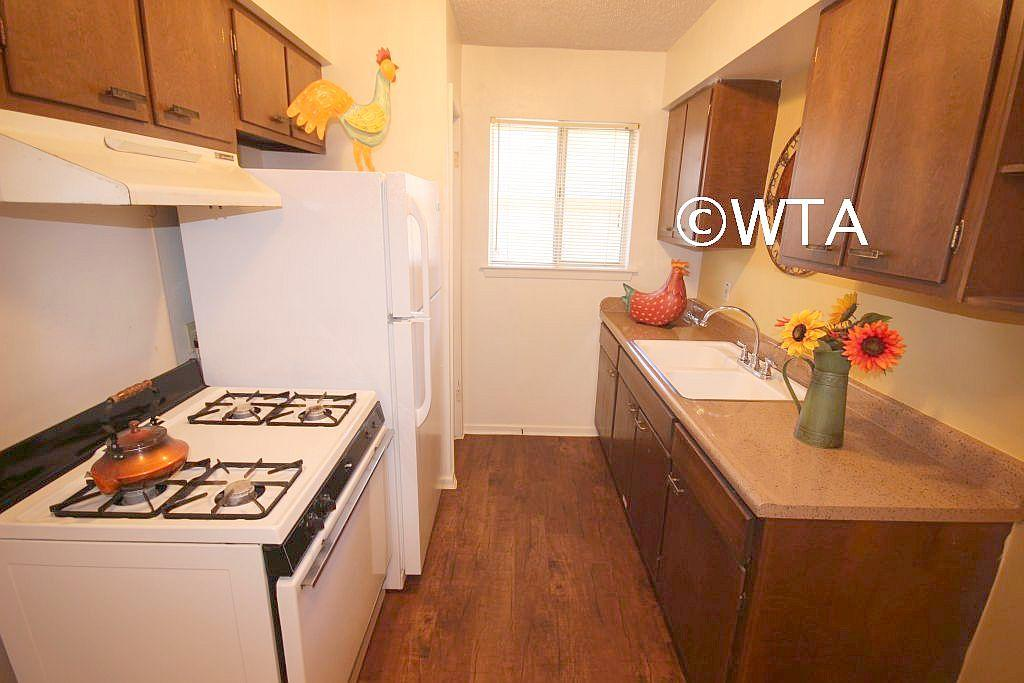 $749 Two bedroom Apartment for rent