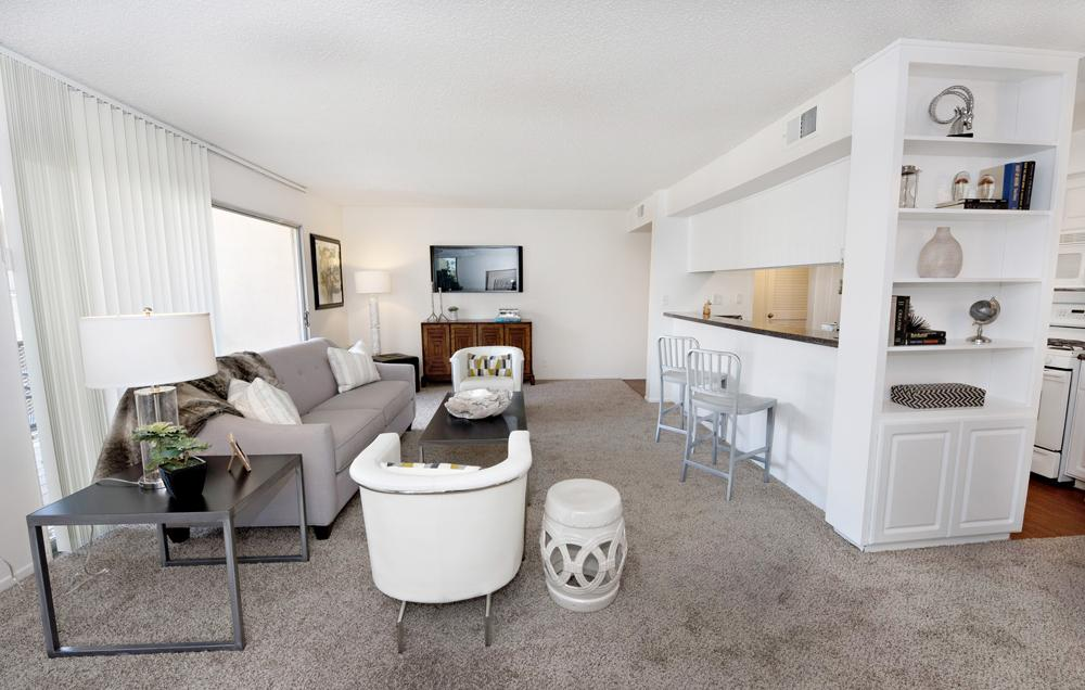 $3705 Three bedroom Apartment for rent