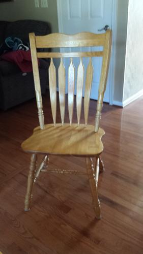 Wooden Oak Table with 6 Chairs